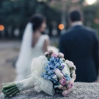 La boda de Belén y Guillaume en A todo Confetti