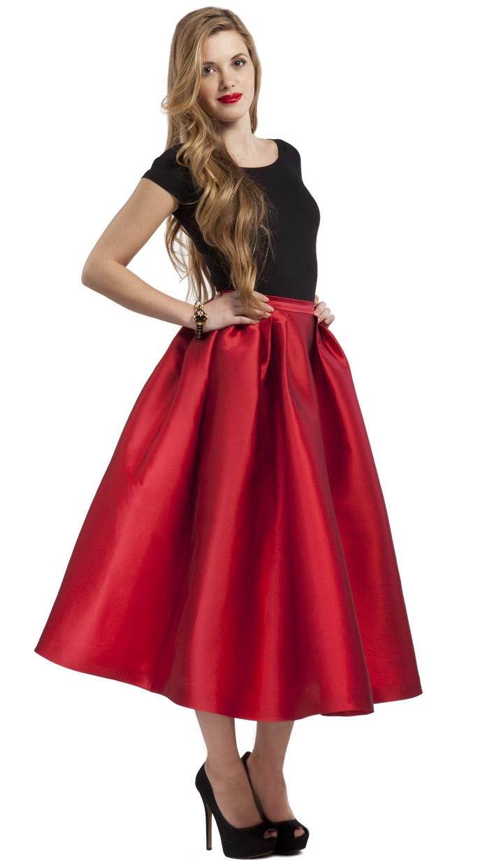 falda-larga-roja-para-fiesta-dresseos-alquiler