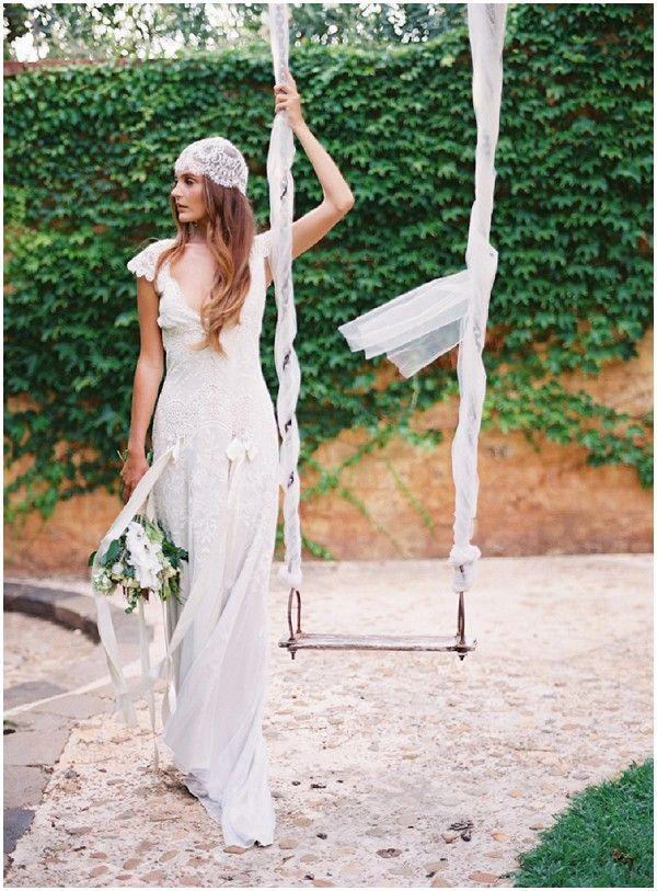 peinados para novia según el tipo de vestido - presume de boda