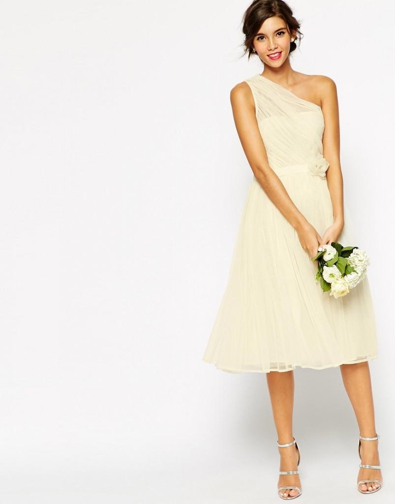 8c64db10f Vestidos de novia económicos de ASOS - Presume de Boda