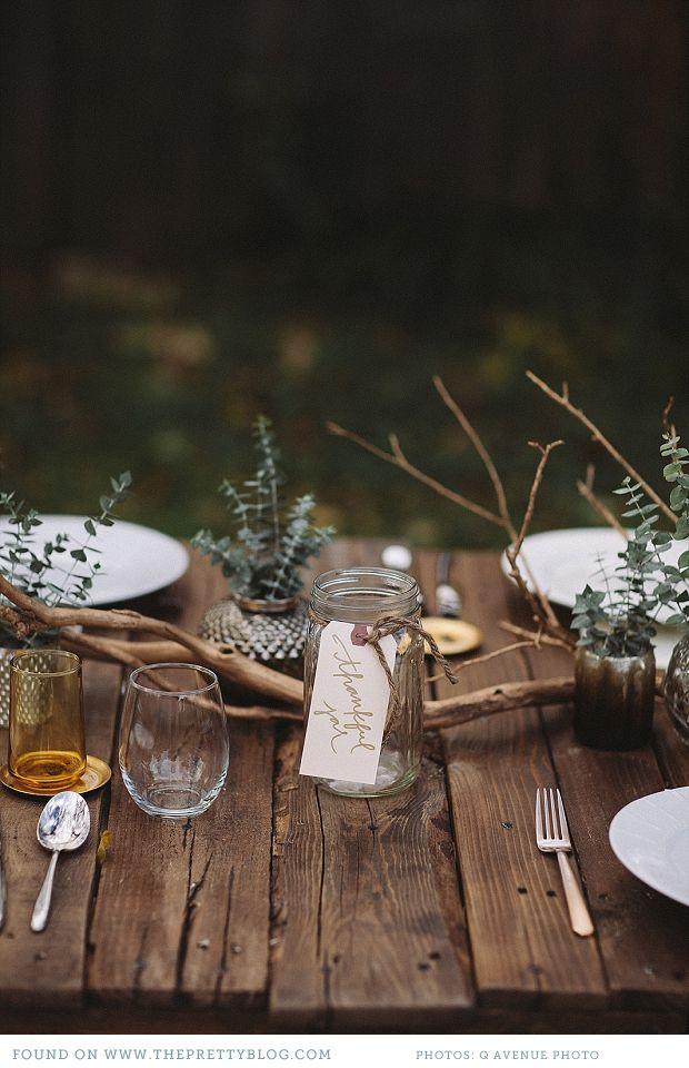 mesa-decoracion-ramas-madera