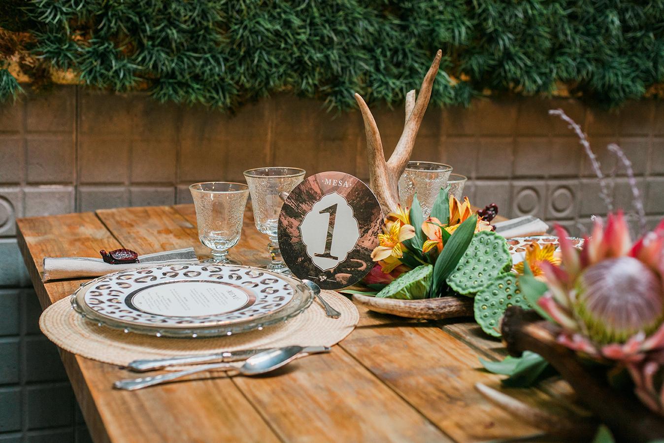 mesa-colonial-presume-de-boda-editorial-wedding-planners-madrid-spain-0020