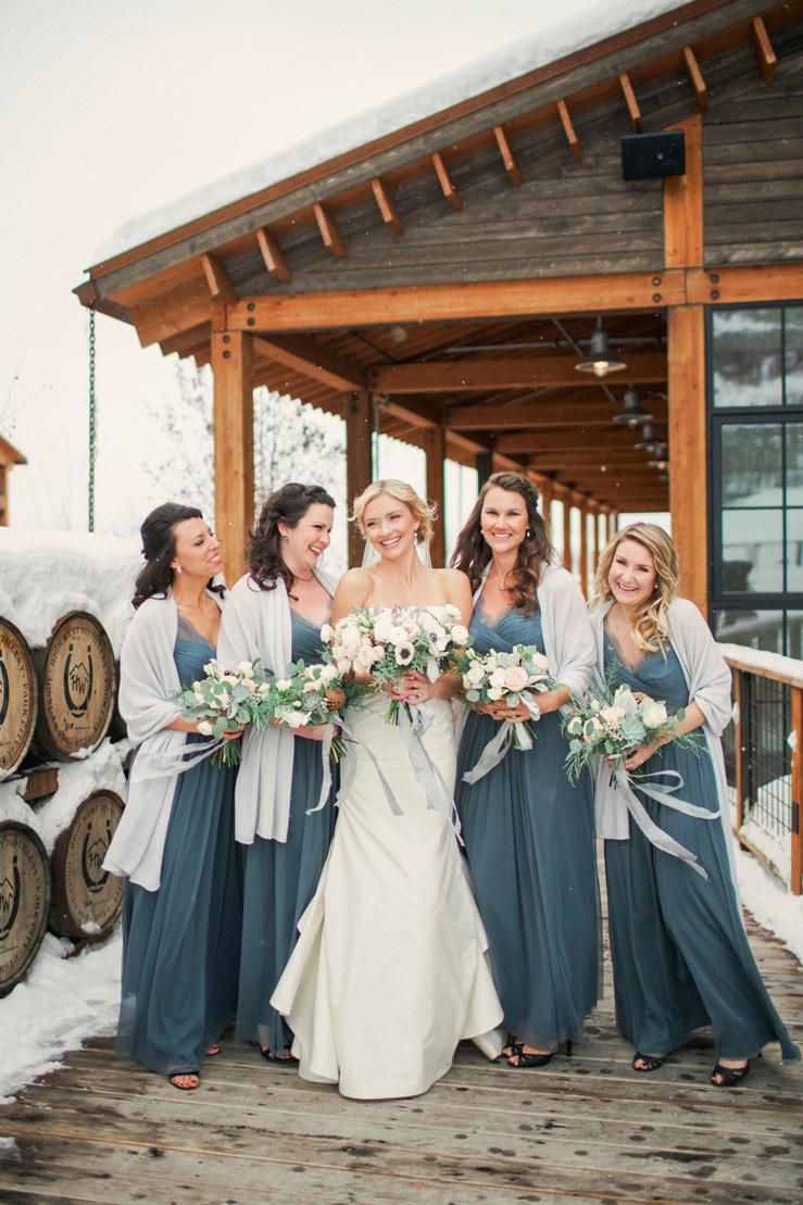 boda-invierno-en-oro-y-azul-15