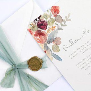 Nos chifla la coleccin de invitaciones romnticas de projectpartyweddings Bellashellip